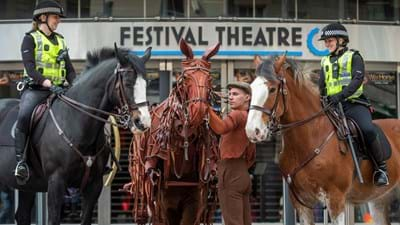 PW_SCOTLAND_NEWS_WARHORSE_EDINBURGH FESTIVAL THEATRE_14.JPG