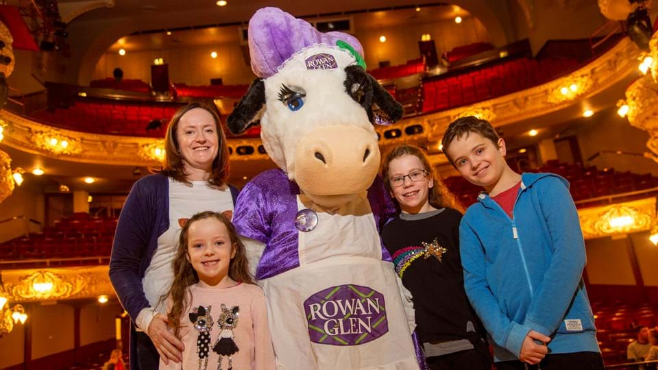 Mum Rebecca and family with Bonnie the cow Phil Wilkinson.JPG