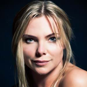 Samantha Womack's portrait